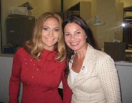 Jennifer Lopez with Fran at the 2008 Democratic National Convention photo courtesy of www.cancerschmancer.org